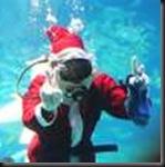 Santa Swimming_scuba