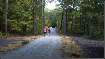 Goodenow Grove_kids run to bridge_9-21-12