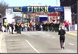 Lansing Marthon_last finisher