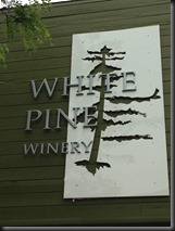 WhitePineWinery_sign