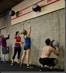 CrossFit-wall-balls
